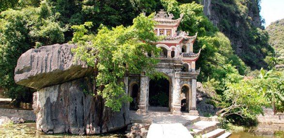 La pagode Bich Dông