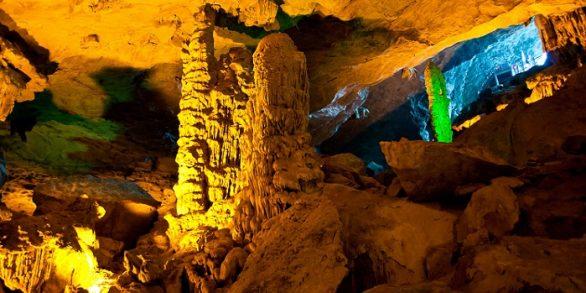Grotte Sung Sot à Halong