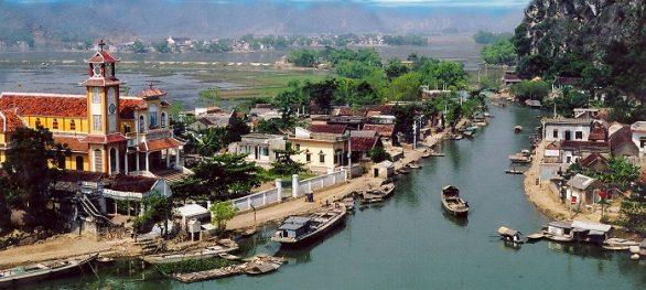 Village Flottant Kenh Ga Ninh Binh