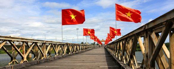 Le pont Hiên Luong Quang Tri