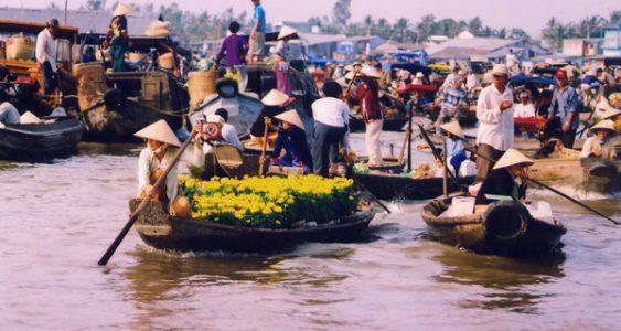 marche flottant du delta du meskong vietnam