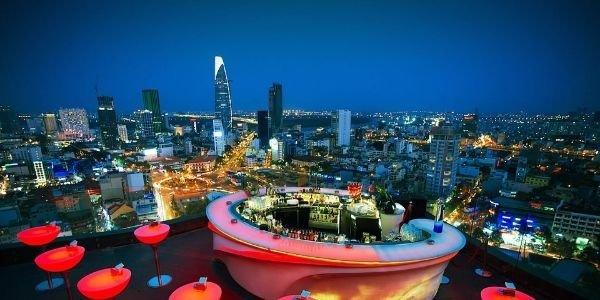 vie nocturne à Saigon